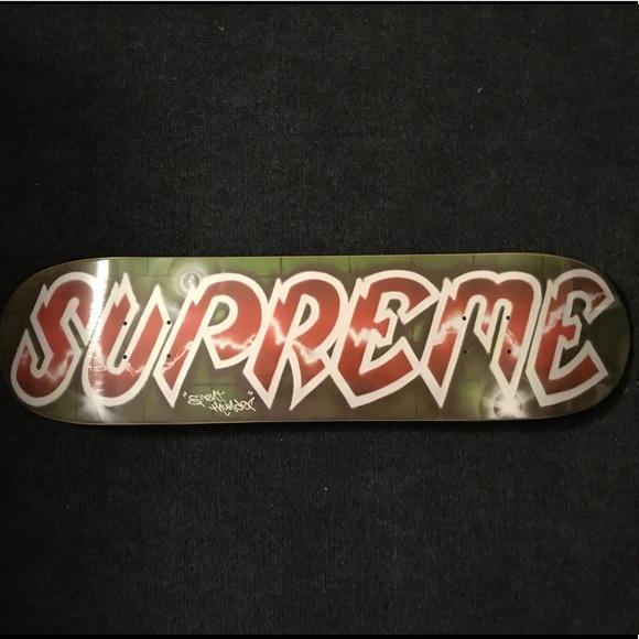 d6a65c98aaa34 Supreme x Lee Quinones Logo Deck